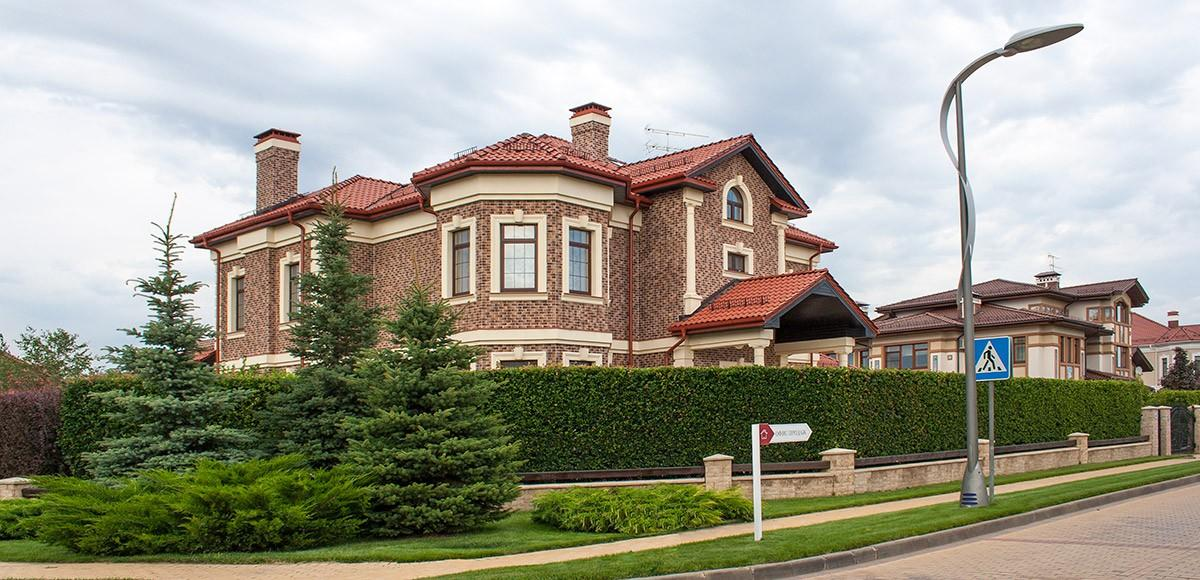 Жилой дом в поселке Миллениум Парк