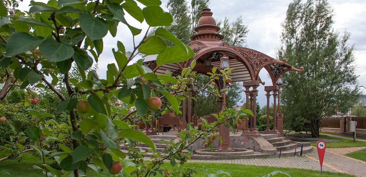 Беседка у канала в яблочном саду, КП Миллениум Парк
