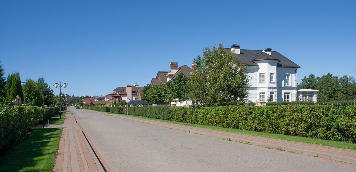Панорама центральной улицы, КП Риверсайд