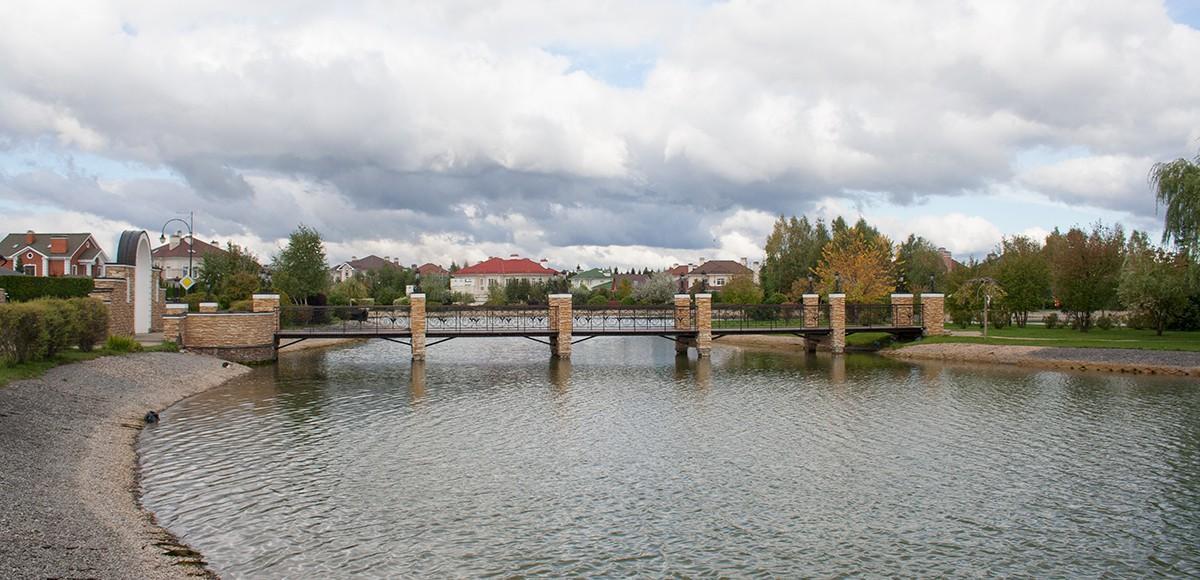 Мост до центра озера, КП Гринфилд