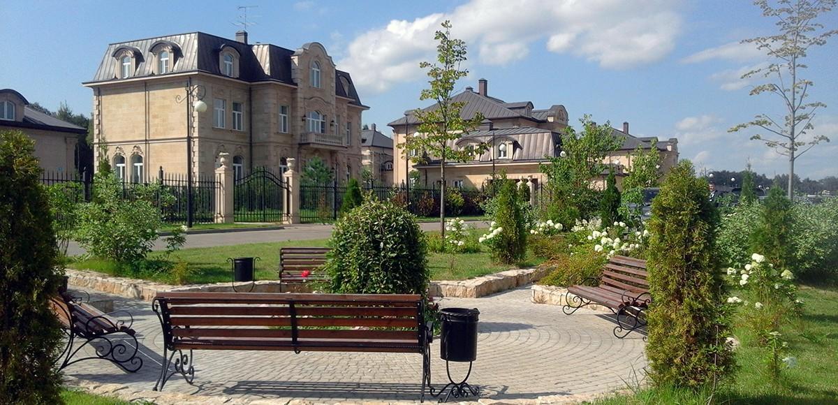 В поселке Французский квартал полностью выполнено благоустройство территории