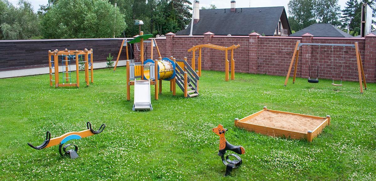 Детская площадка в КП Прозорово